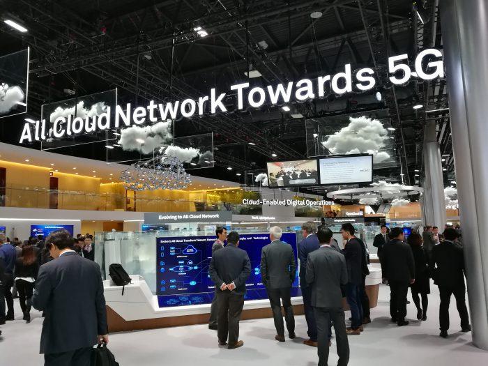 5G-verkot tulevat pikku hiljaa. Samassa verkkoteknologia muuttuu laitteista yhä enemmän virtualisoiduiksi pilvipalveluiksi.