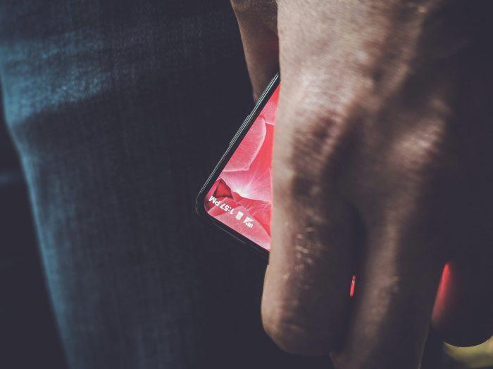 Andy Rubinin twiittaama kuva Essentialin puhelimesta.