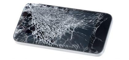 Älypuhelimessa useimmiten hajoaa näytön lasi.