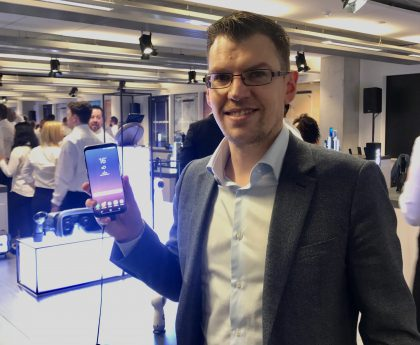 Samsung-pomo Mark Notton.