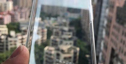 iPhone 8 suojakuori