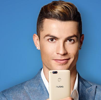 nubia-puhelinten mainoskasvona toimii jalkapalloilija Cristiano Ronaldo.