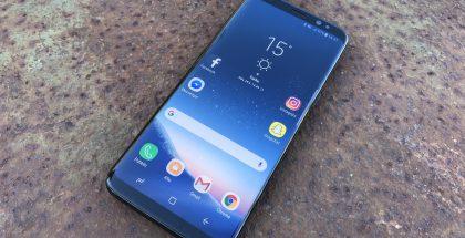 Tässä nähdystä Galaxy S8:sta tutun Infinity Display -näytön odotetaan säilyvän myös Galaxy S9:n ja Galaxy S9+:n designin lähtökohtana.