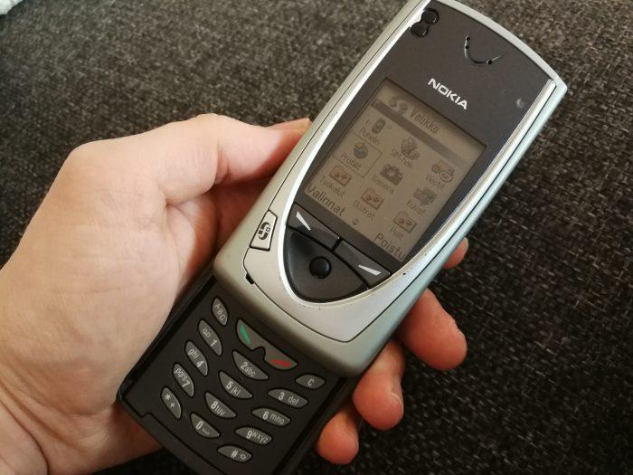 Nokian ensimmäinen kamerapuhelin 7650.