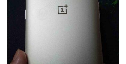 Aiemmassa OnePlus 5 -prototyypissä nähtiin vielä erilainen kamerajärjestely.