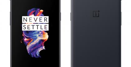 OnePlus 5 Slate Gray edestä ja takaa.