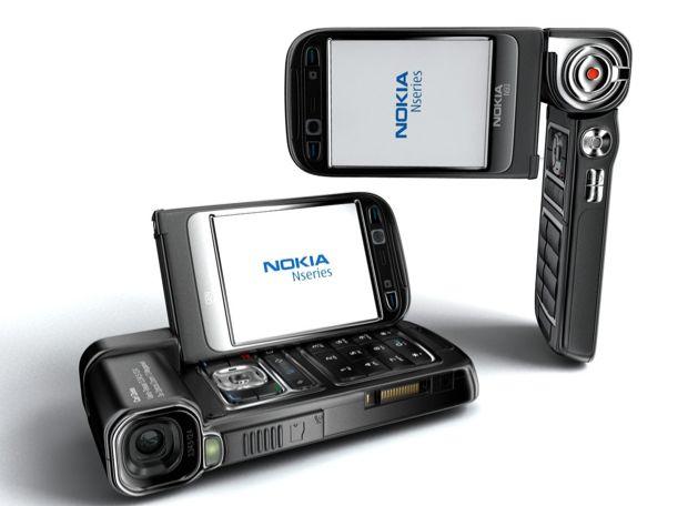 Nokia N93.