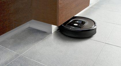 Roomba 900 -sarjan robottipölynimuri.
