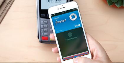 Apple Pay teki iPhonesta lähimaksuvälineen.
