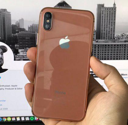 Blush Gold -väristä huhuttiin vahvasti, ja sellainen nähtiin myös useissa kuvissa, jo ennen iPhone X:n julkistusta.