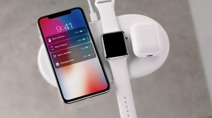Applen AirPower-latausalusta tulee vasta ensi vuonna. Se lataa niin iPhonet, Apple Watchin kuin myös AirPods-kotelon.