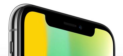 iPhone X:n näyttö kattaa etupuolen lähes täysin lukuun ottamatta yläreunan lovea.