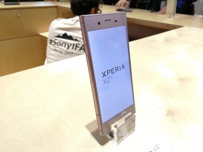 Xperia XZ1:n jälkeen pitäisi keksiä seuraavaksi jotakin uutta.