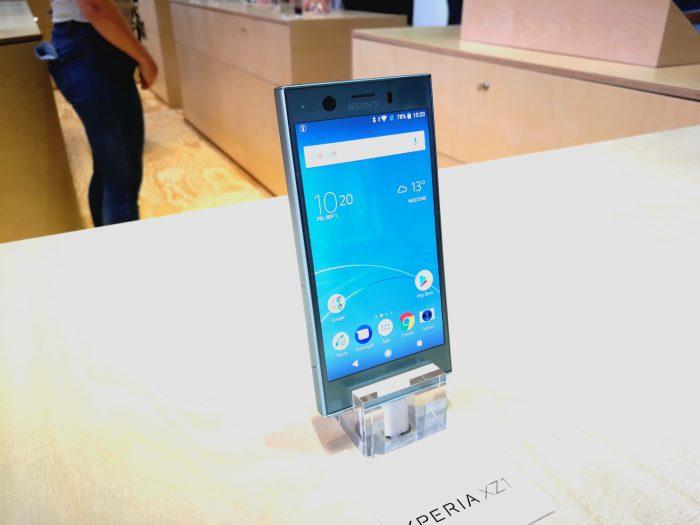 Xperia XZ1 Compact on mukavan pienikokoinen älypuhelin, ja voi löytää oman markkinansa kompaktia Android-huippupuhelinta hakevista.