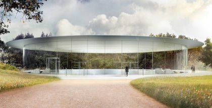 Tässä havainnekuvassa nähtävä Steve Jobs Theater saa tänään ensimmäiset tapahtumavieraansa.