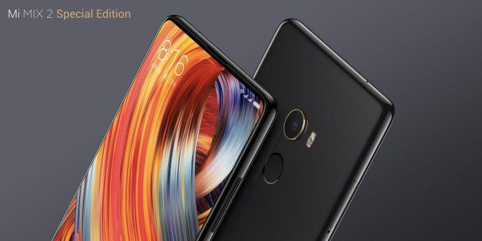 Musta, täyskeraaminen Xiaomi Mi MIX 2 -erikoisversio.