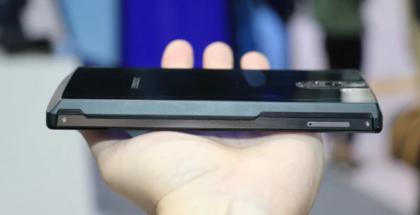 Doogee BL12000 on raskaamman sarjan älypuhelin.
