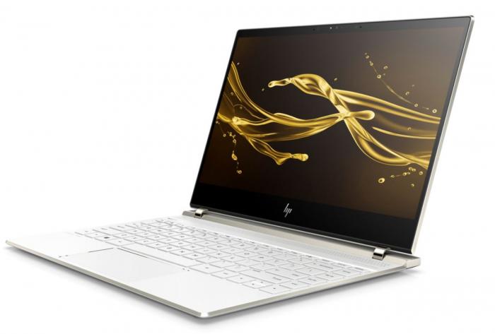HP Spectre 13 uudessa Ceramic White -värissä.