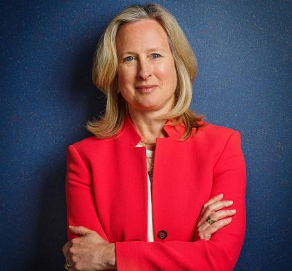 Applen uudeksi lakiasiainjohtajaksi nouseva Katherine Adams.
