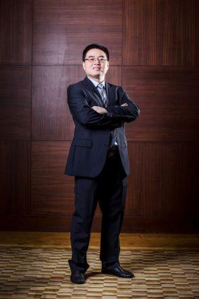 Huawei Suomen uusi toimitusjohtaja David Liu.