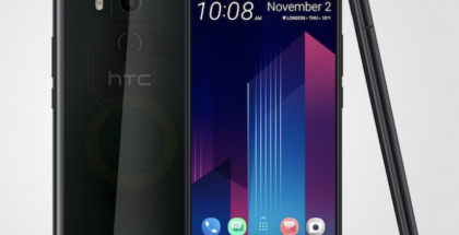 HTC U11+ läpikuultavana Translucent Black -värinä.