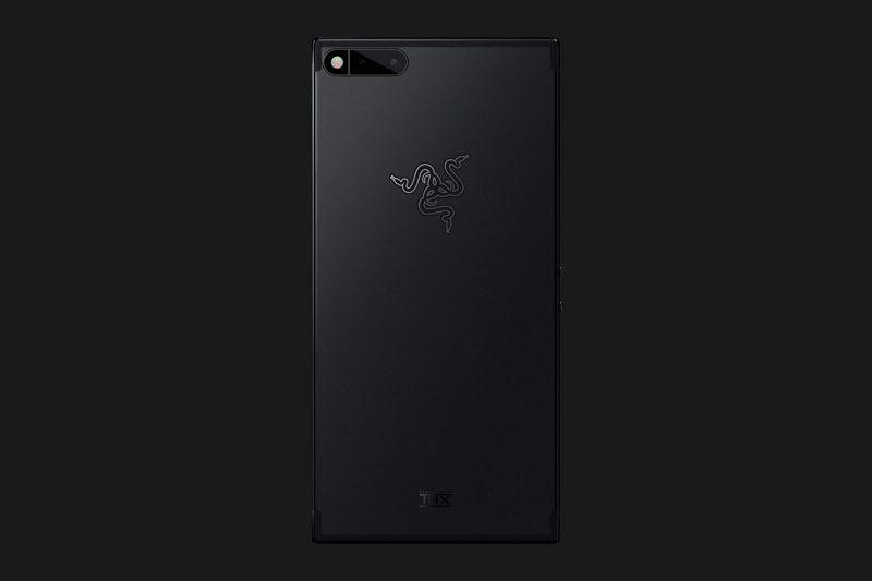 Razer Phonessa on 12 megapikselin kaksoiskamera optisella zoomilla.