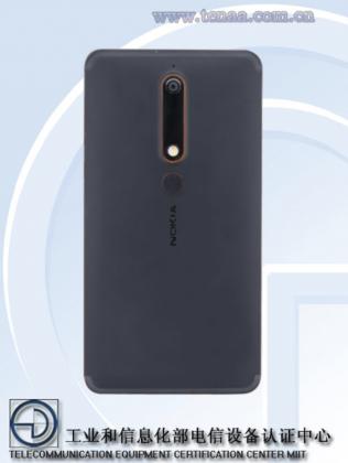 Uusi Nokia 6 takaa.