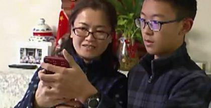 Kiinalaispoika onnistui avaamaan kasvoillaan äitinsä iPhone X:n.