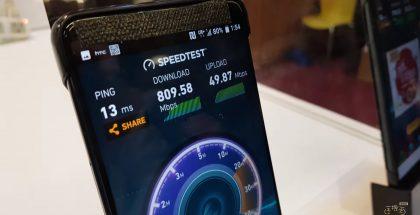 HTC demopuhelin, raportoidusti Imagine / U12, yhtiön pisteellä aiemmassa 5G-tapahtumassa.