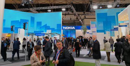 Nokian Mobile World Congress -messuosasto on rakennettu kaupungin malliin. Tarkoituksena on esitellä 5G:n ja muiden uusien teknologioiden erilaisia vaikutuksia jokapäiväiseen elämään.