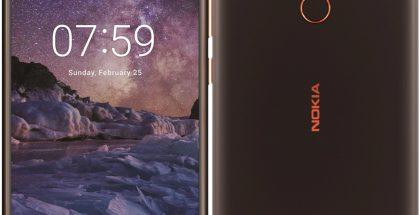 Nokia 7 Plus tummana värivaihtoehtona edestä ja takaa Evan Blassin Twitterissä vuotamissa kuvissa.