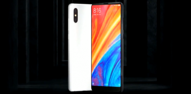 Xiaomi-älypuhelimet DNA:n myyntiin tänään – aluksi neljä mallia