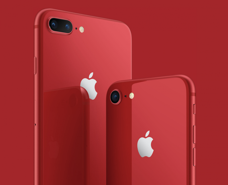 iPhone 8 Plus ja iPhone 8 PRODUCT(RED) Special Edition.