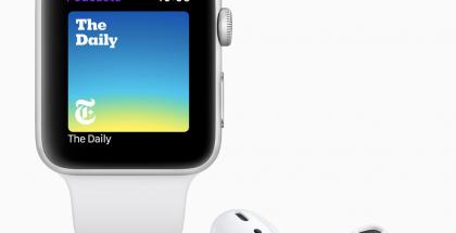 Moni iPhone-käyttäjä on hankkinut Apple Watchin ja AirPods-kuulokkeet.