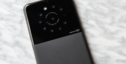 Light.con prototyyppiälypuhelimessa on 9 kameraa.