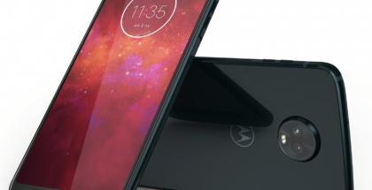Lenovo valmistaa älypuhelimia myös Motorola-brändillä.