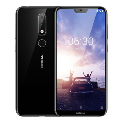 Nokia X6 on varustettu 5,84 tuuman näytöllä, jossa on lovi yläreunassa etukameralle ja muille komponenteille.