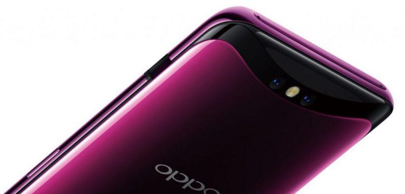 Oppo Find X:n kameraosa nousee esiin puhelimen yläpäästä.