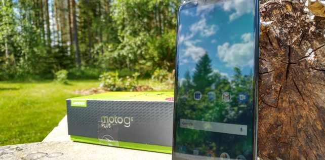 Arvostelussa Moto G6 Plus -älypuhelin: Mainio hinta-laatusuhde laittaa kilpailijat tiukille