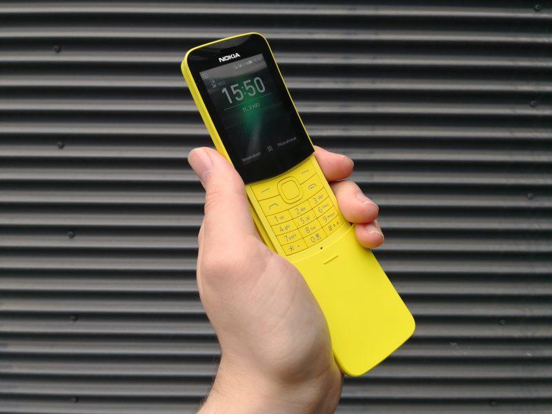 Nokia 8110 4G.