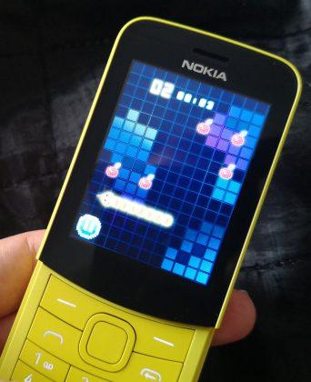 Viime vuoden uudesta Nokia 3310:stä tuttu Snake-matopeli löytyy tietenkin myös Nokia 8110 4G:stä.