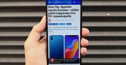 Honor Play on varsin kookas älypuhelin. Näyttö on kooltaan 6,3 tuumaa.