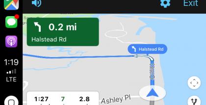 Google Maps CarPlay-näkymässä.
