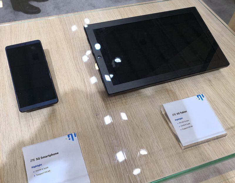 ZTE esitteli myös 5G-älypuhelimen ja -tabletin prototyyppejä.