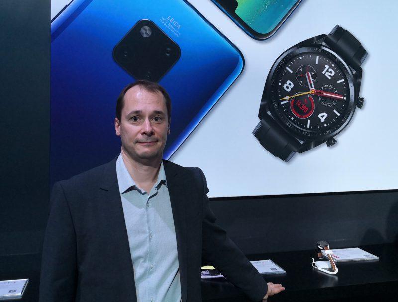 Firstbeatin toimitusjohtaja Joni Kettunen oli mukana Huawein julkistustilaisuudessa Lontoossa.