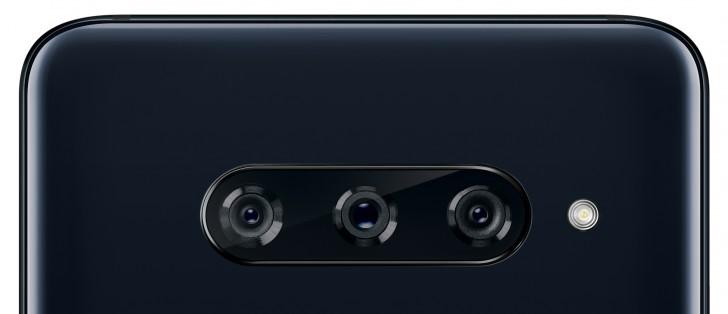 V40 ThinQ:n kolme kameraa yhdistävät laajakulma-, superlaajakulma- ja telekamerat.