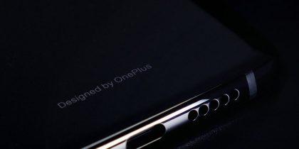 OnePlus 6T:stä on jätetty pois erillinen kuulokeliitäntä.