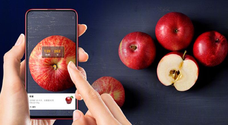 Magic 2:n tekoäly osaa tunnistaa erilaiset syötävät kameran kuvasta ja kertoa niiden kalorimäärän.