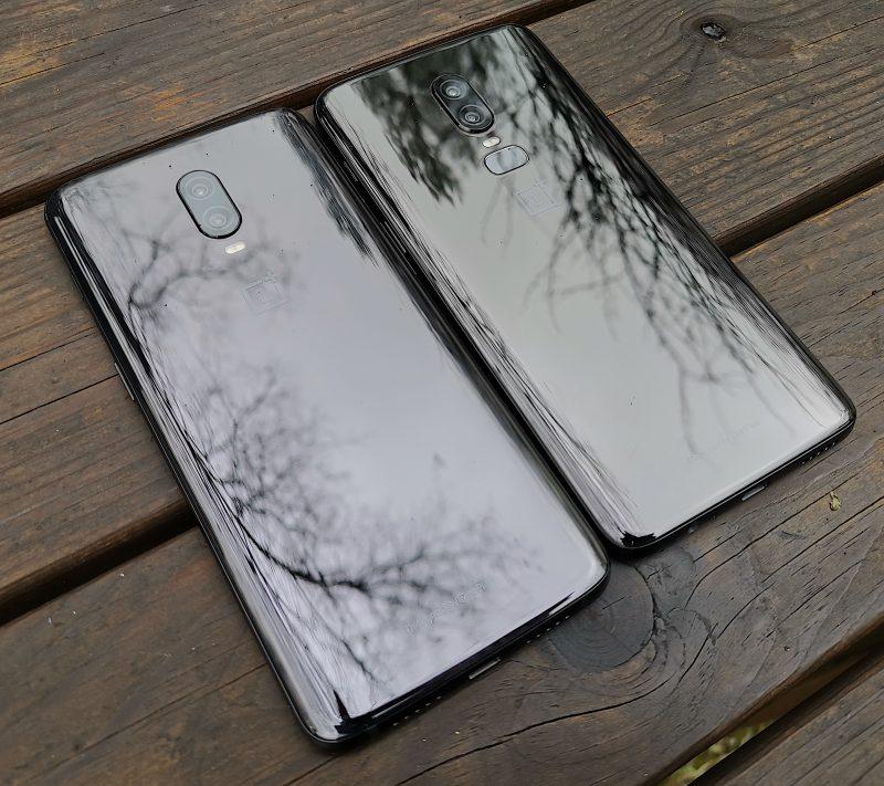 Sekä OnePlus 6T että OnePlus 6 ovat Mirror Black -värivaihtoehtona todella kiiltäviä.