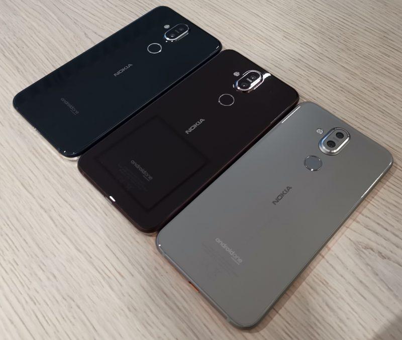 Nokia 8.1:n värivaihtoehdot. Kuvassa keskimmäisenä oleva ruskehtava Iron/Steel ei kuulu ainakaan aluksi Suomen valikoimaan.